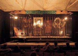 4 Teatrino clandestino-idealista magico